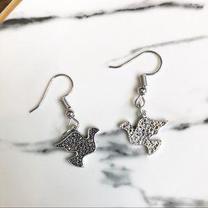 Jewelry - ❤️ (NWT) Silver Bird Earrings